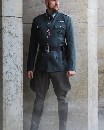 Retro Uniform